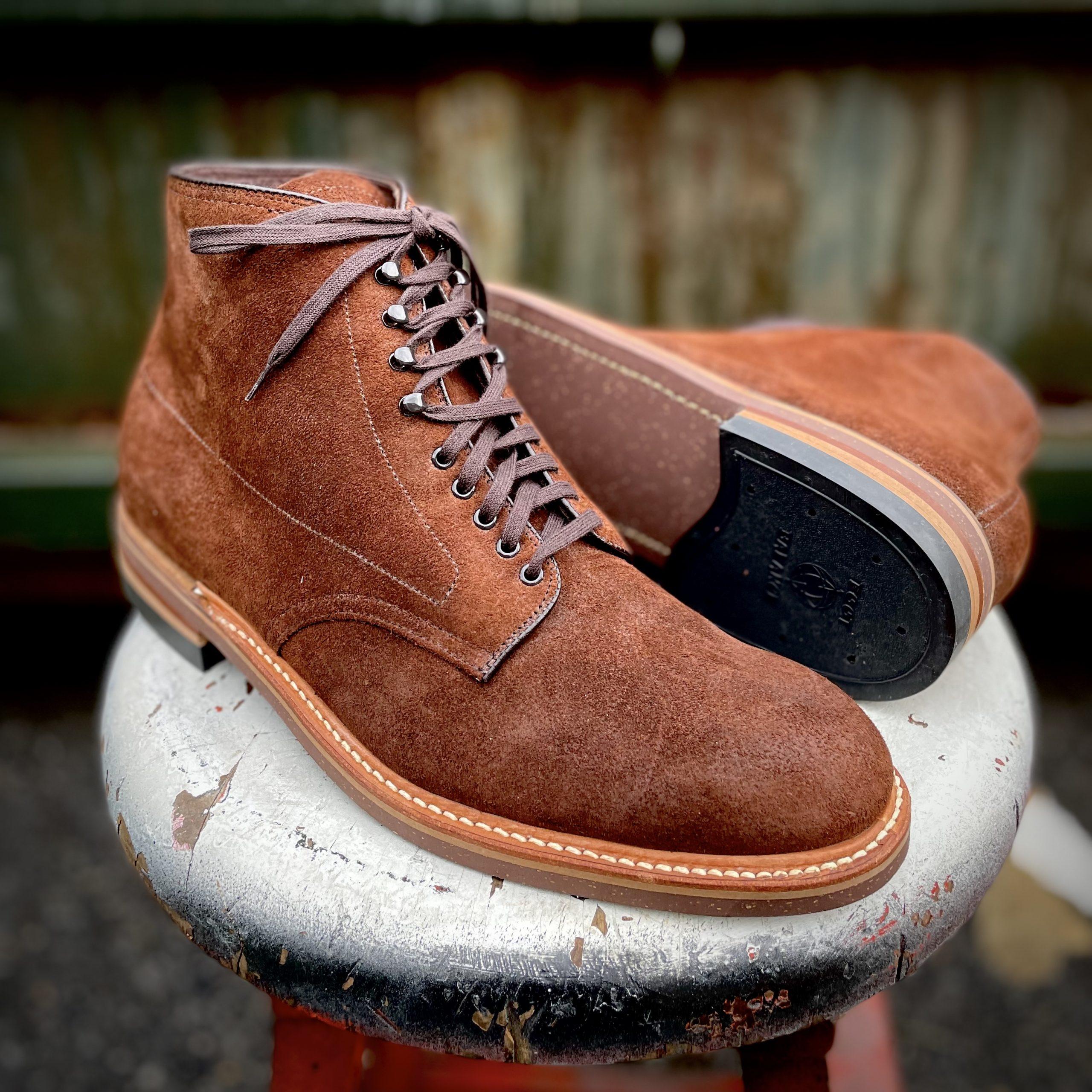 Plain Toe Boot w Neocork<br>Tobacco Reverse Chamois<br>8604